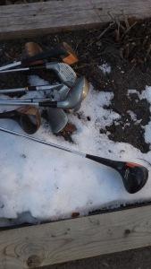 17-snowgolf